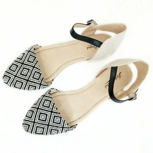 Lucky Brand Pointed Geometric Ankle Strap Flats